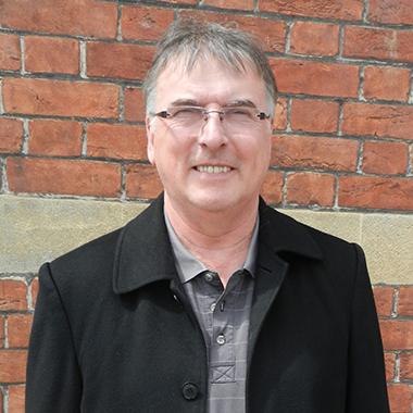 Right Surveyors Chris Humphreys